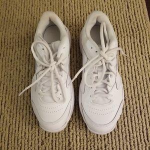 Nike Court Lite 2 sneakers NWOT